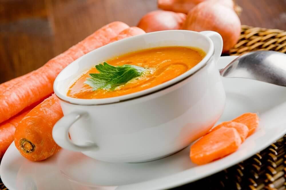 αποτοξινωτικές σούπες - καρότο