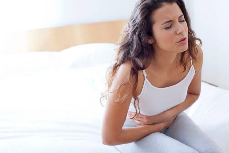 γυναίκα με έλκος στομάχου, ανακουφίστε το έλκος στομάχου
