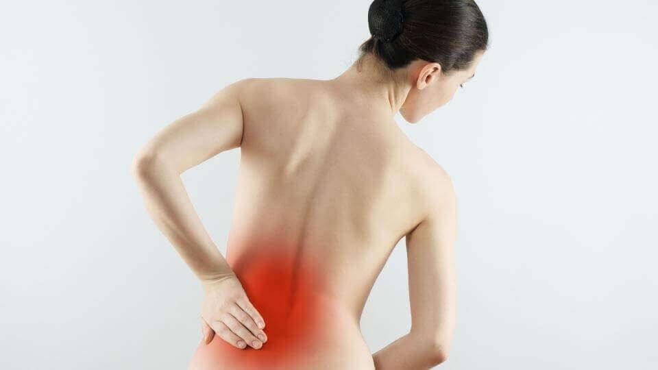 αίτια του πόνου στην πλάτη