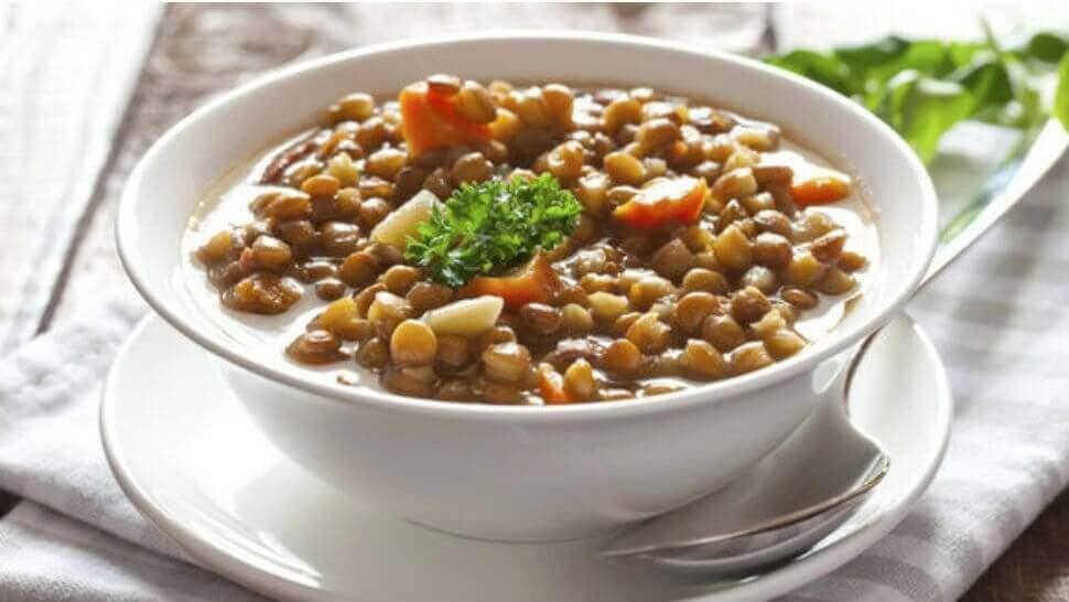 φακές σε σούπα με καρότο