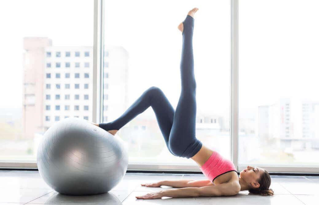 6 οφέλη από την εξάσκηση με πιλάτες κάθε εβδομάδα