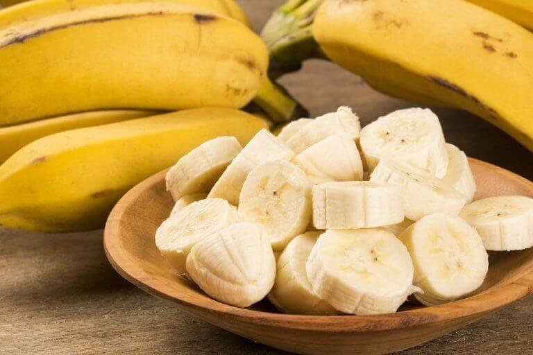 μπανάνες κομμένες σε φέτες