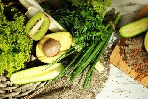 Τρόφιμα που πρέπει να καταναλώνουν οι άνθρωποι με άγχος