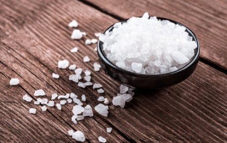 χοντρό αλάτι, άσπρη γλώσσα