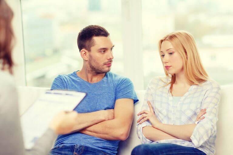 ζευγάρι σε συμβουλευτική