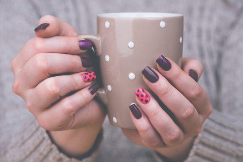 Διακόσμηση νυχιών στο σπίτι σας εύκολα, τι χρειάζεστε