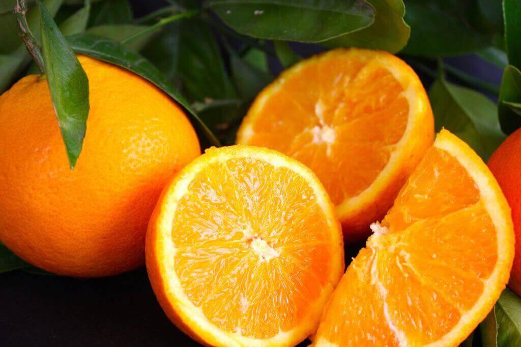 πορτοκάλια σε φέτες
