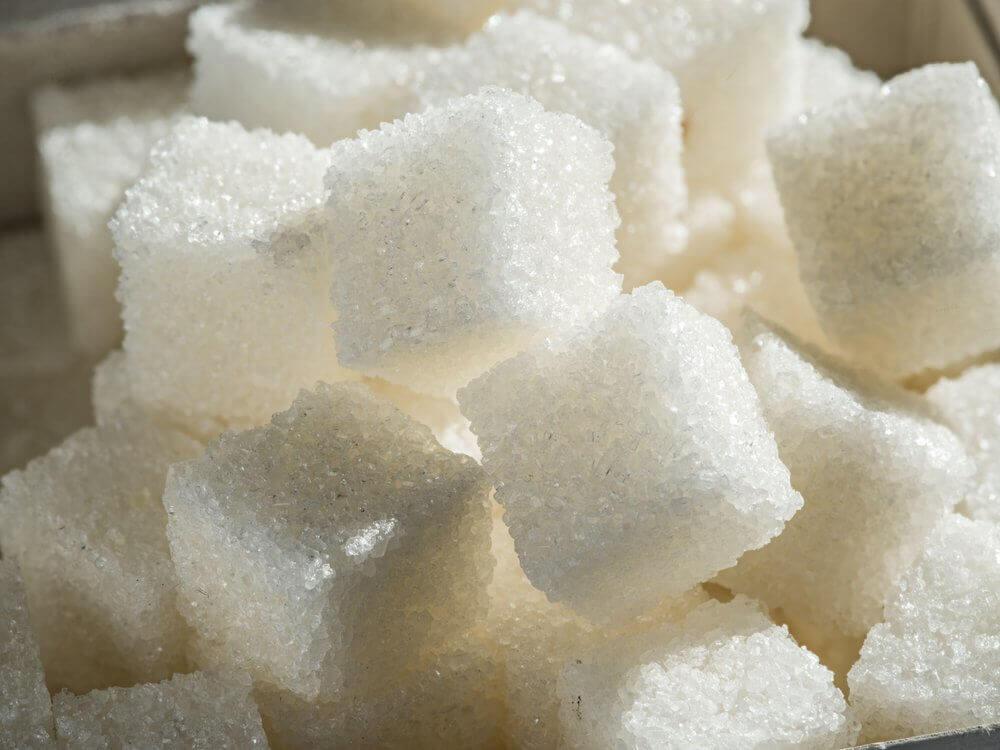 Αιτίες του υψηλού ουρικού οξέος - Ζάχαρη σε κύβους