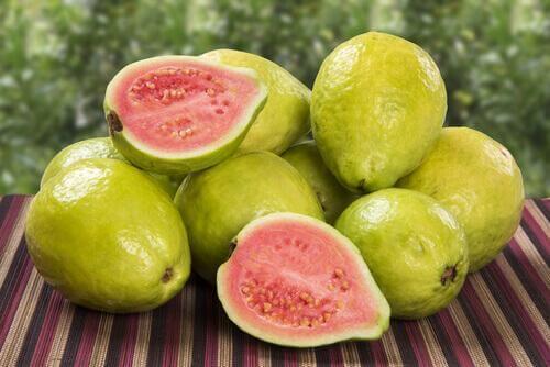 σωρός από γκουάβα για το χαμηλό αριθμό αιμοπεταλίων