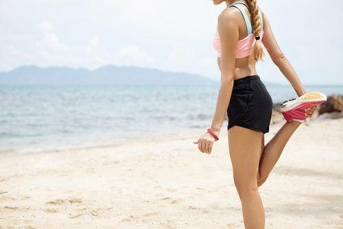 γυναικα που γυμναζεται -χάσετε 4 κιλά