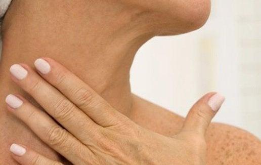σφριγηλό λαιμό
