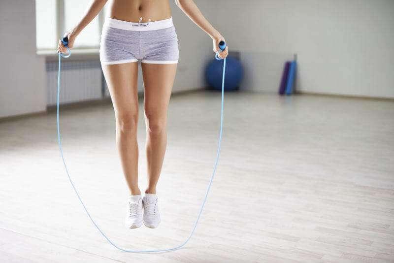 6 ασκήσεις που επιταχύνουν τον μεταβολισμό σας. Μάθετε περισσότερα!