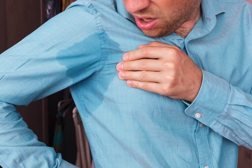 Αποτρέψτε τον ιδρώτα στις μασχάλες με 5 θεραπείες