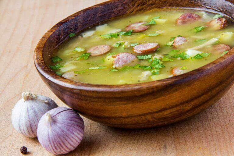 Δοκιμάστε αυτή τη συνταγή για νόστιμη σούπα με χαμόν serrano