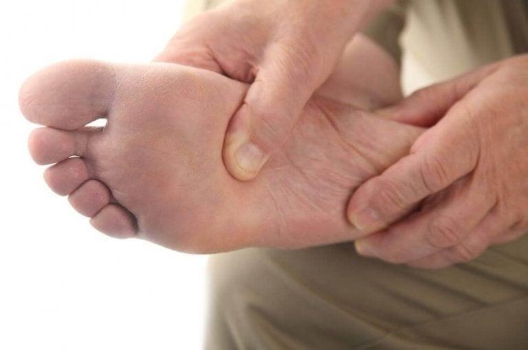 Πώς να φροντίσετε για το διαβητικό πόδι στο σπίτι σας