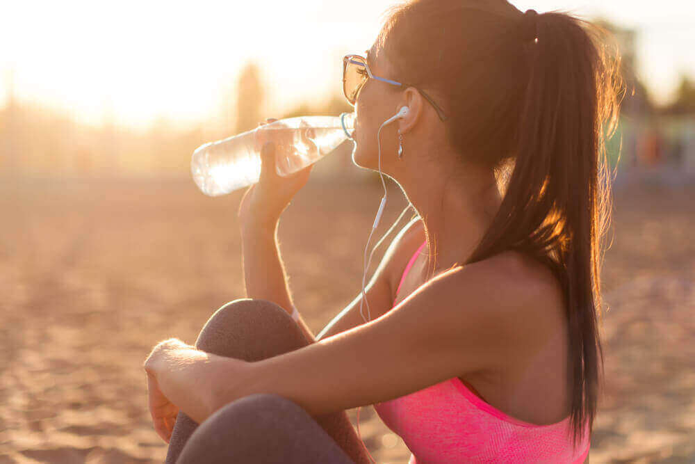 νερό επιταχύνετε τον μεταβολισμό σας
