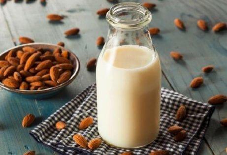Βάλτε ξηρούς καρπούς στην διατροφή σας - αμύγδαλα