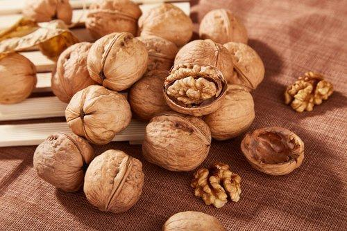 Ωφέλειες των καρυδιών - Ολόκληρα καρύδια