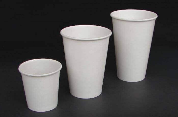 φωτιστικά από ποτήρια πλαστικά ποτήρια σε σειρά μεγέθους