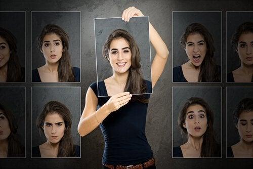 Πώς είναι να έχει κανείς διπολική διαταραχή - Γυναίκα με πολλά πρόσωπα