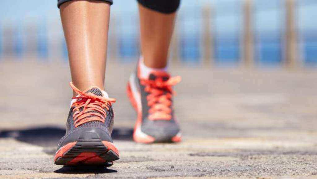 Ωφέλειες του καθημερινού περπατήματος - Άτομο που περπατά