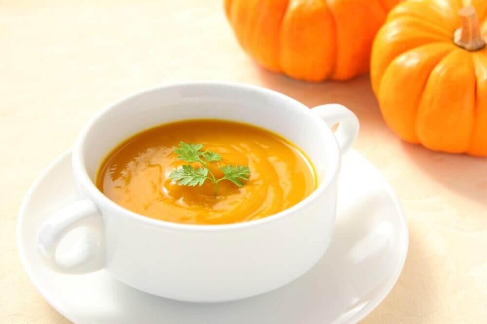 Σπιτικές συνταγές για σούπα με κολοκύθα