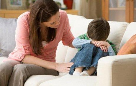 έλλειψη αγάπης κατά την παιδική ηλικία;