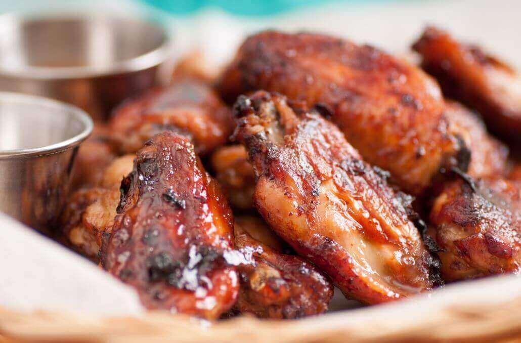 Συνταγή για νόστιμες καυτερές φτερούγες κοτόπουλου