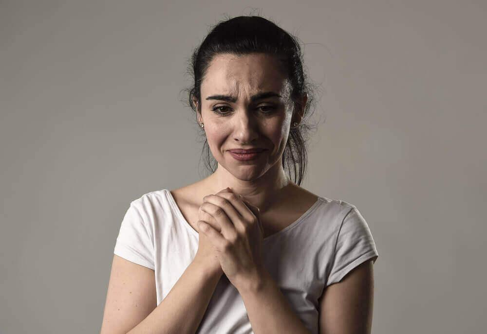 Χρόνια νοοτροπία θυματοποίησης: γιατί μερικοί παραπονιούνται;