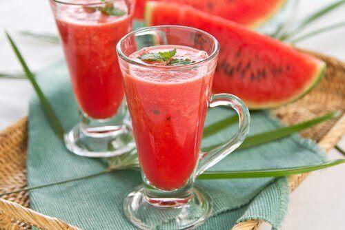 καρπούζι σε χυμό και σε φέτες