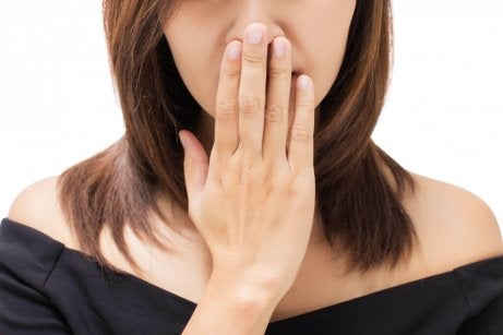 κακή αναπνοή σε γυναικα σημάδια του καρκίνου του λαιμού