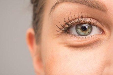 γυναικείο πράσινο μάτι