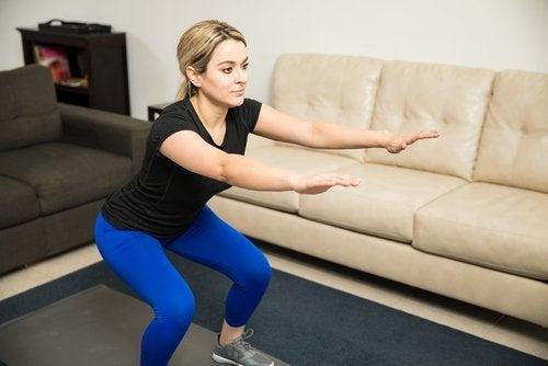 γυναικείες προβληματικές περιοχές καθισματάκια για τη βελτίωση της όψης των γλουτών