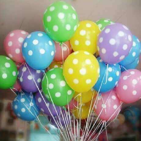 μπαλόνια πουά με κουκίδες