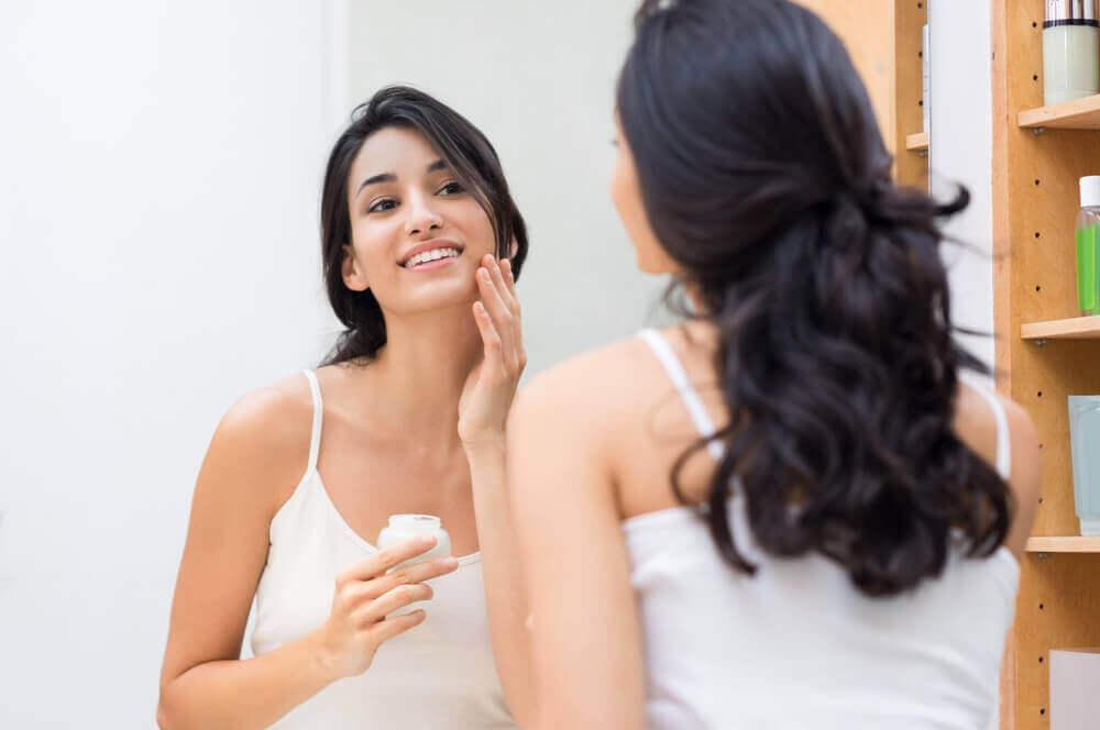 5 τρόποι για να ενυδατώσετε το δέρμα σας