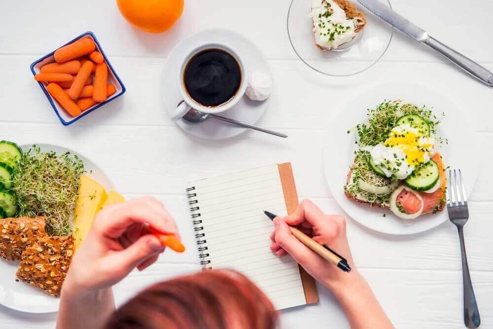εθισμό στο φαγητό - πρόγραμμα και γεύματα