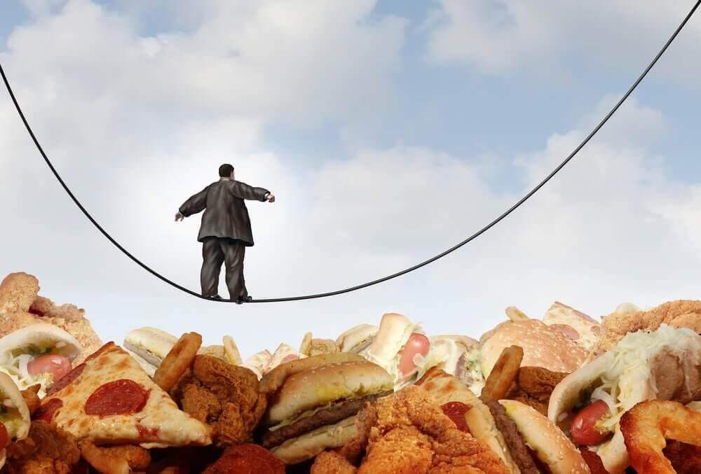 Πώς να νικήσετε τον εθισμό στο φαγητό πριν κάνετε δίαιτα