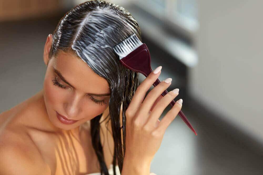 Αποκατάσταση μαλλιών στο σπίτι: Φτιάξτε τα μαλλιά σε λίγα μόλις λεπτά