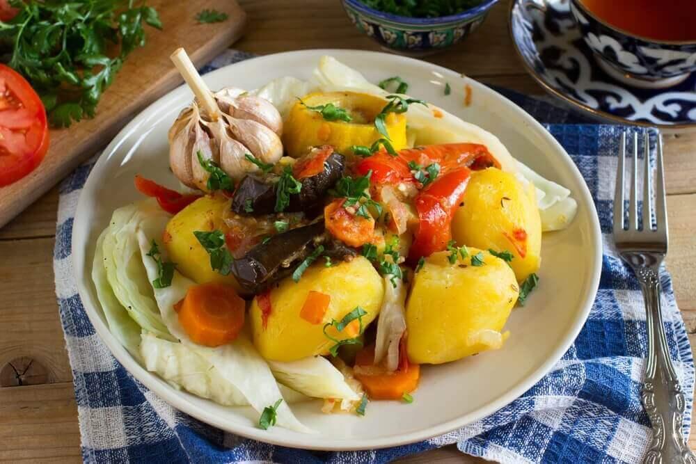 Γρήγορα δείπνα - Διάφορα λαχανικά σε πιάτο