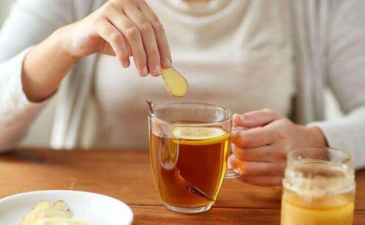 Συνταγή για νόστιμα και ωφέλιμα σφηνάκια τζίντζερ