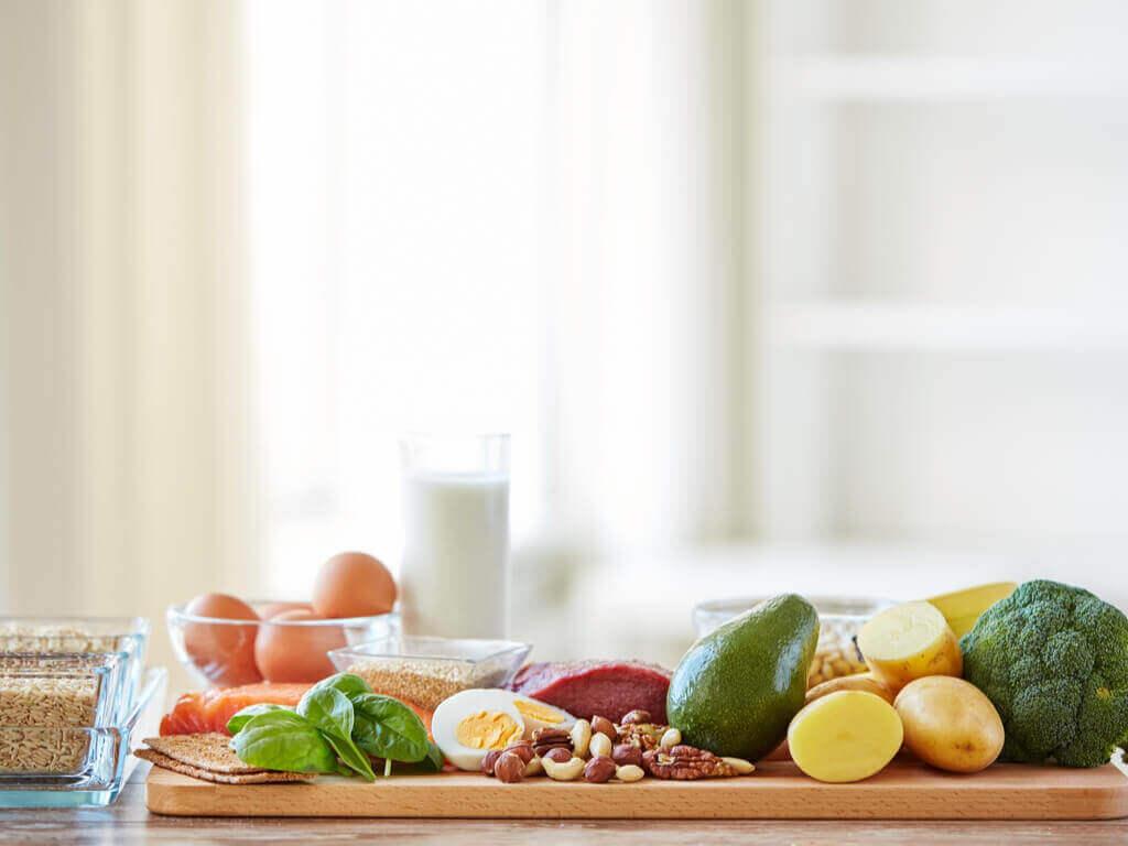 Υγιεινές τροφές για διαλειμματική νηστεία