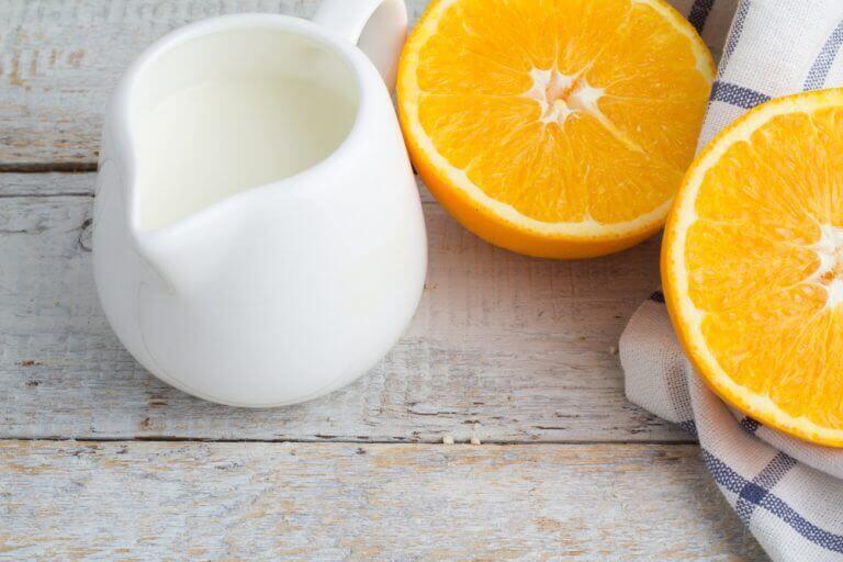 γάλα και πορτοκάλι απαλύνετε τις πανάδες