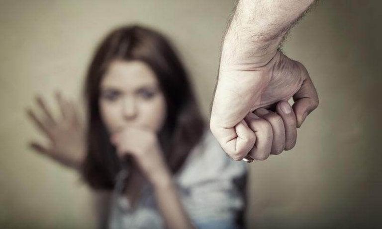 Σημάδια της ψυχολογικής βίας στο σώμα: μάθετε ποια είναι