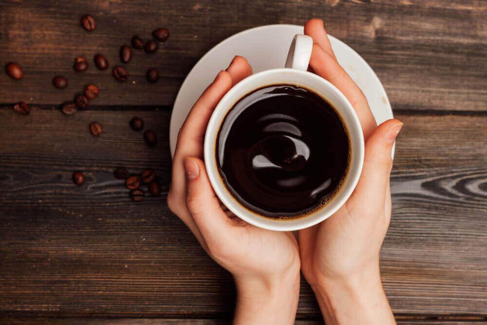ενοχλήσεις στο στομάχι, καφές