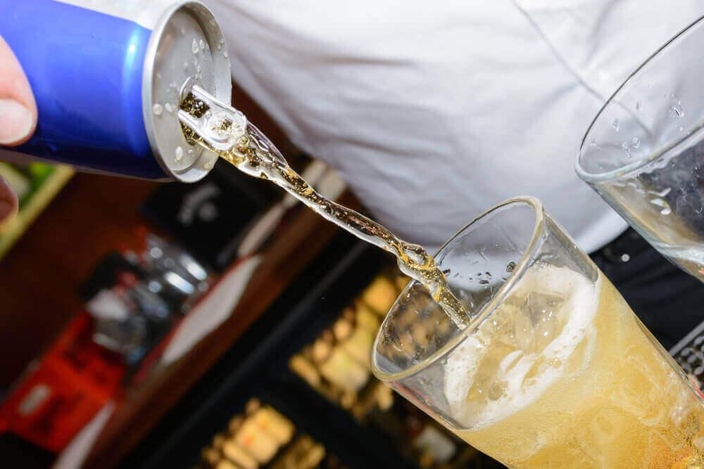 ενοχλήσεις στο στομάχι, ενεργειακά ποτά