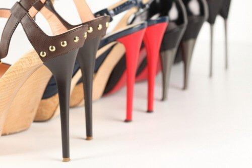 Πονάτε φορώντας τακούνια - Παπούτσια με ψηλά τακούνια
