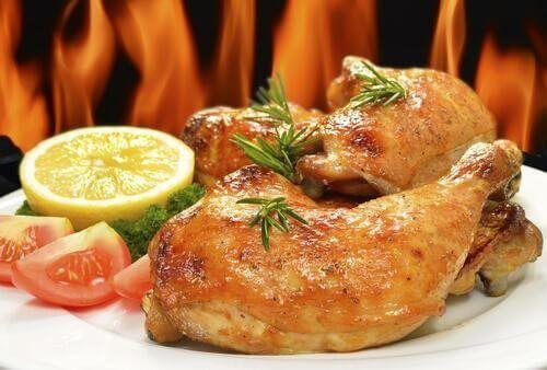 Νόστιμο ψητό κοτόπουλο