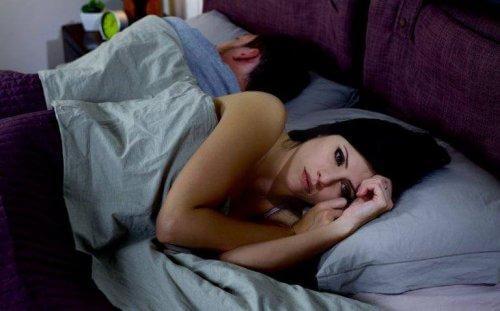 Γιατί οι άνθρωποι δε σταματούν τις σχέσεις όταν δεν λειτουργούν πλέον;