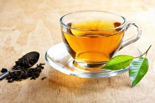τσάι για τις εξάψεις από την εμμηνόπαυση