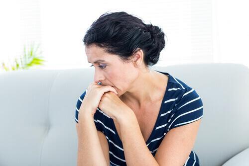 Γυναίκα θλιμμένη